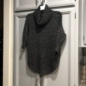 Express Tunic Turtleneck Used in Woman